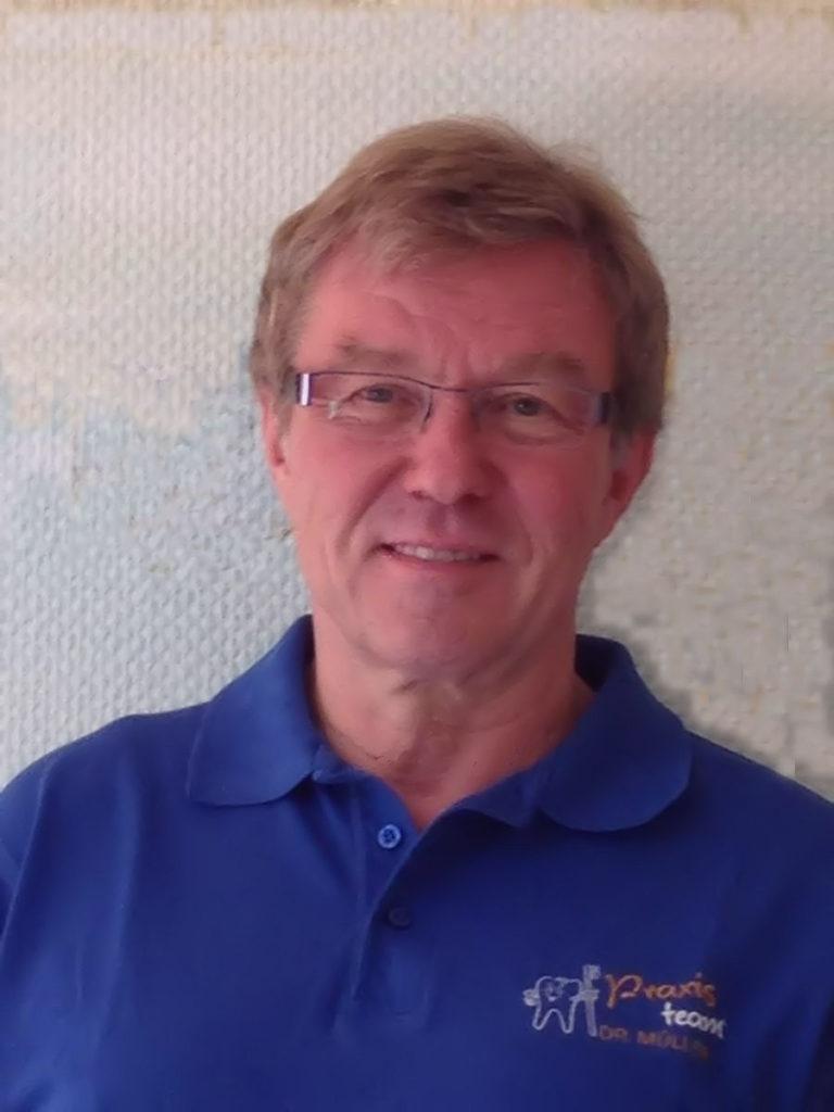 Ärzte Team Dr. Egon Müller Ihr Zahnarzt in Fürth Ronhof